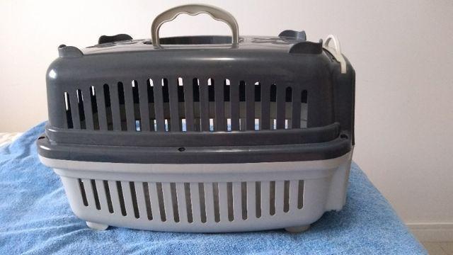 Casinha de transporte para gato e cão
