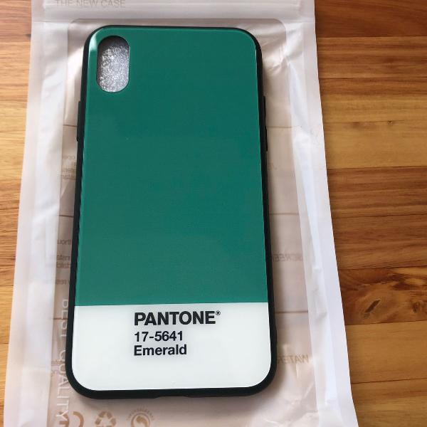 Case iphone x pantone
