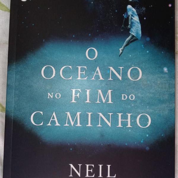 Livro o oceano no fim do caminho