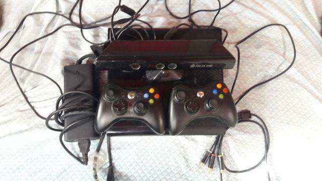 Xbox 360 + kinect+ controle sem fio com carregador original