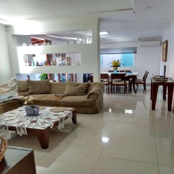 Vicente pires, casa térrea 400 m², ótima localização