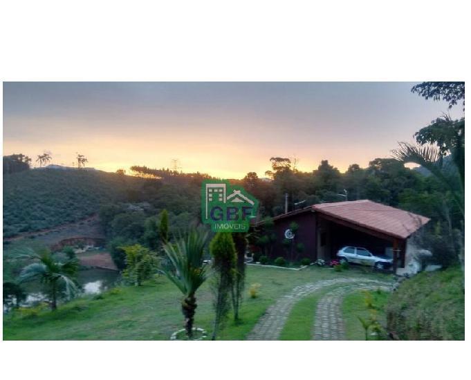 Chácara com quase 7000m², ótima casa e linda vista