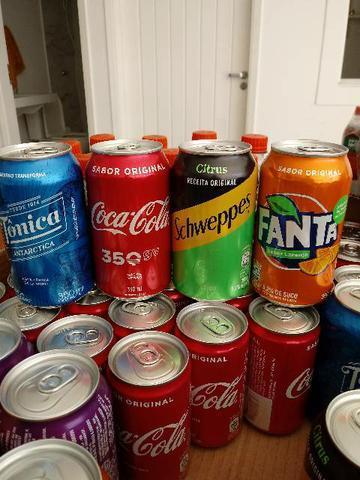 Estoque de bebidas - refrigerantes e chás