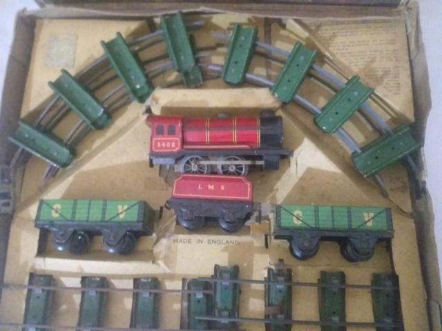 Trem de ferro na caixa brinquedo antigo inglaterra raridade