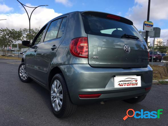Volkswagen fox 1.0 mi total flex 8v 5p cinza 2012 1.0 flex