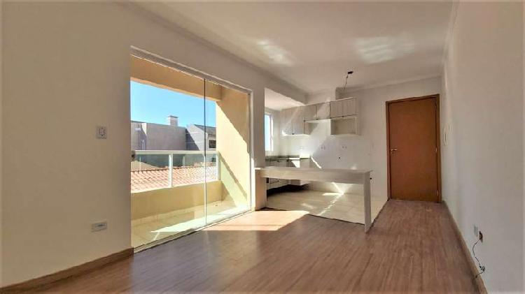 Apartamento a venda de 1 quarto com sacada e churrasqueira,