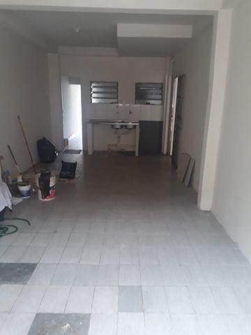 Alugo casa no parque 10 por 1.200 reais