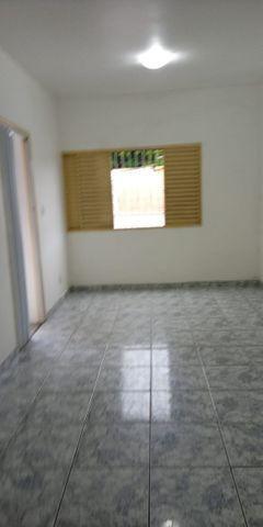 Alugo apartamento no parque 10 por 1.100 no condominio