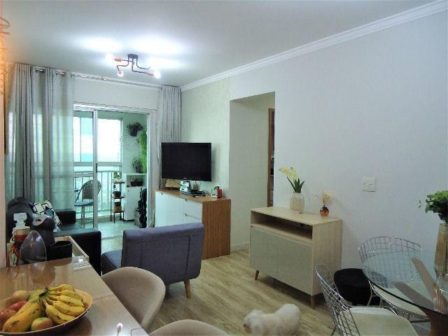 Apartamento de 2 quartos pronto c/ varanda e armários em
