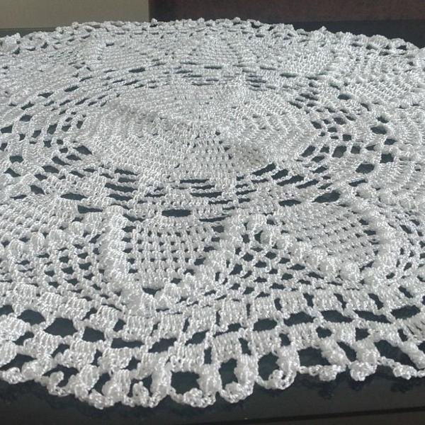 Centro de mesa de crochê cor branco para decoração