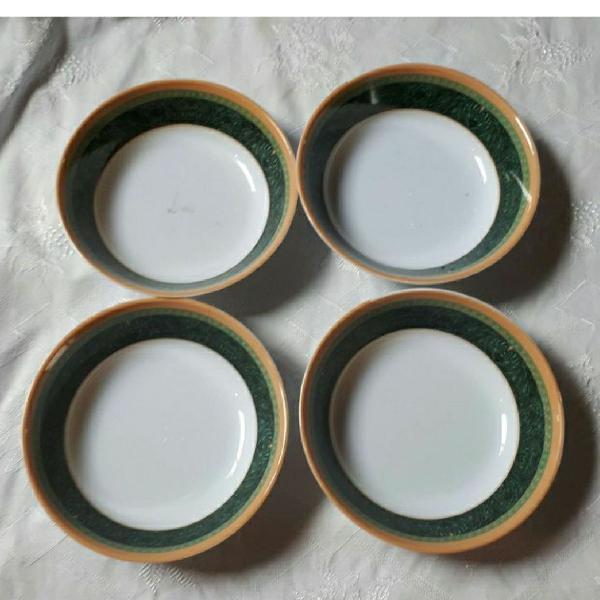 Conjunto de mini pratinhos de melamina para sobremesa