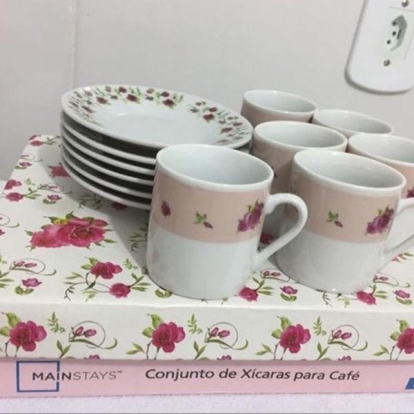 Jogo de porcelana chá/café