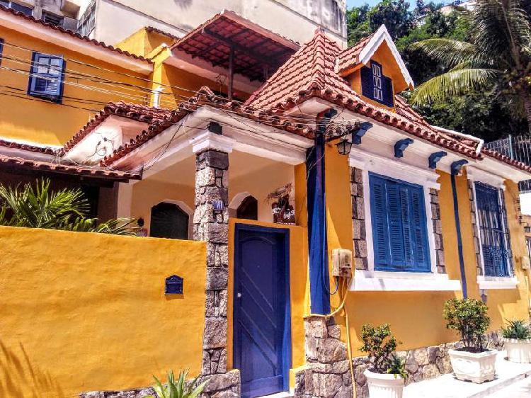 Apto cobertura tipo casa em vila