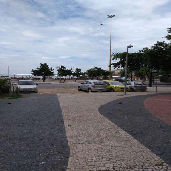 Apto copacabana fundos predio frente praia