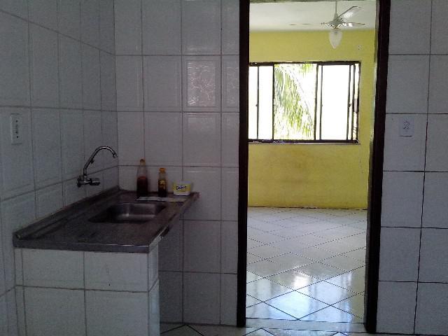Apartamento 2/4 amplo com área verde em condomínio