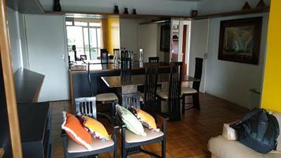 Apartamento mobiliado para aluguel tem 97m² com 4 quartos