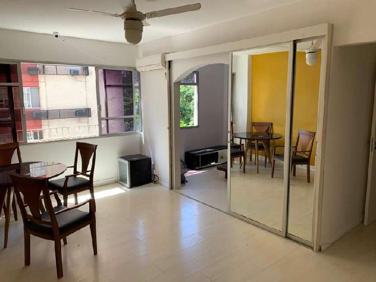 Apartamento para aluguel com 98 metros quadrados com 3