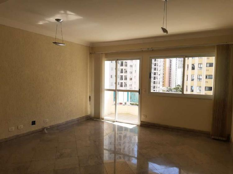 Apartamento para aluguel tem 128 metros quadrados com 4