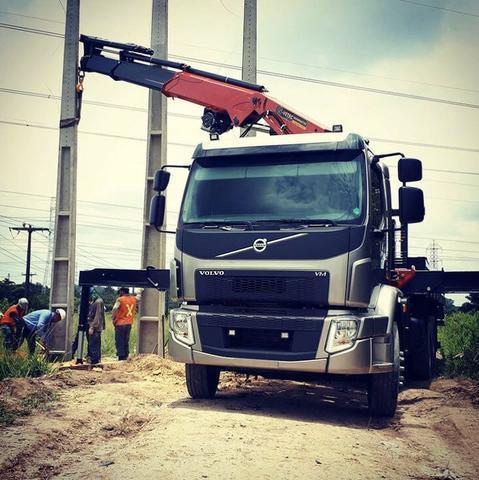 Locação de caminhão munck 9 e 11 ton temos cesto aéreo