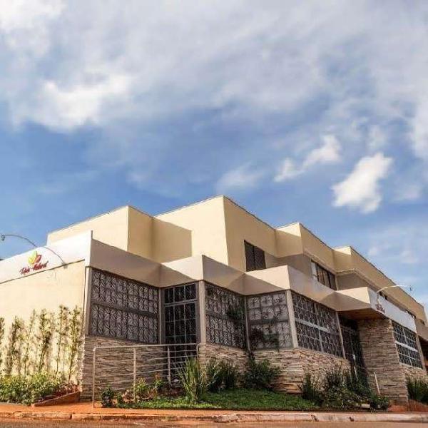 Prédio comercial e residencial para investimento