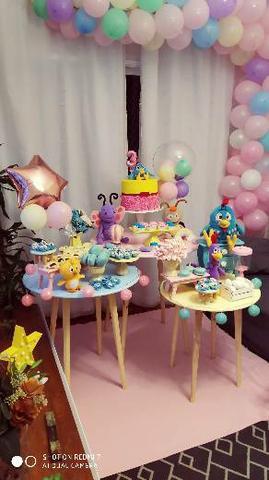 Troco aluguel de decoração por roupa de bebe menina
