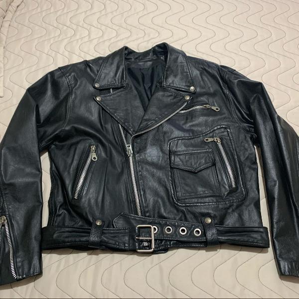 Jaqueta couro tipo motoqueiro vintage