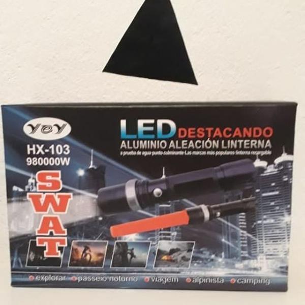 Lanterna de led super potente recarregavel