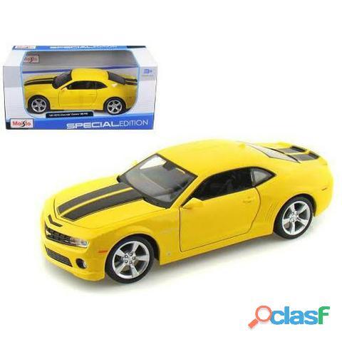 Miniatura camaro amarelo em escala 1:24