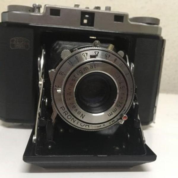 Máquina fotográfica vintage zeiss ikonta ii