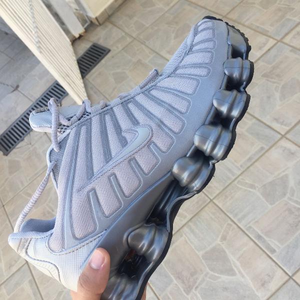 Nike 12 molas masculino cinza