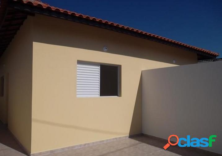 Casa nova pronta 2 dorms suíte - rua pavimentada - utilize s