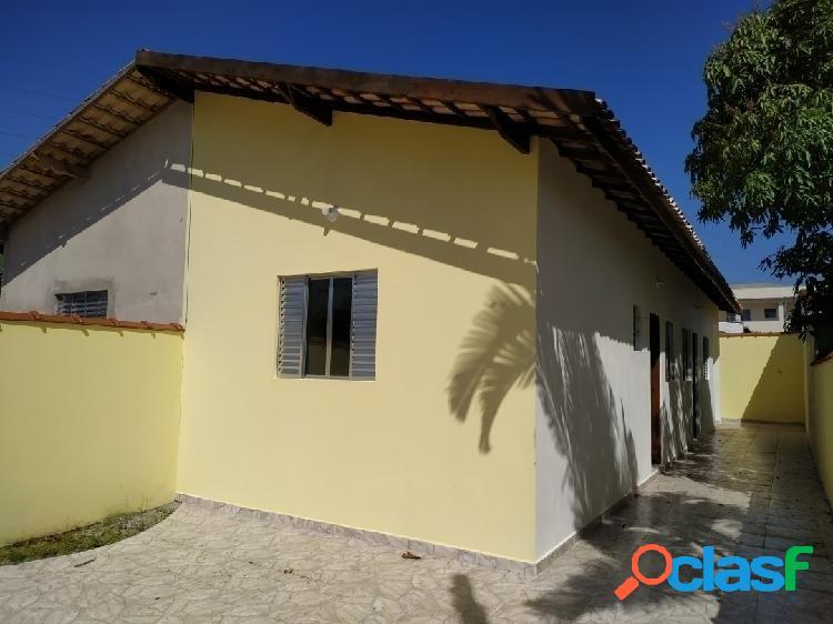 Casa nova 2 dorms - suíte - 500m da praia - vila loty - itanhaém