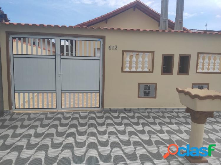Casa nova de 2 dorms - suíte - pronta para morar no suarão em itanhaém