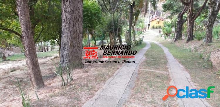 Amparo: sítio residencial