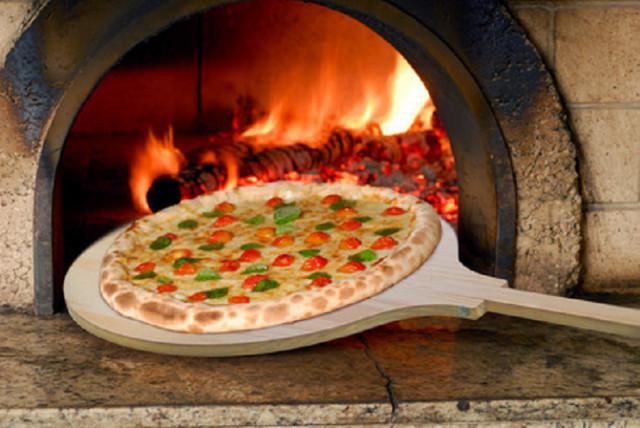 Pá de pizza em madeira 35cm. tela p/ assar e pá de