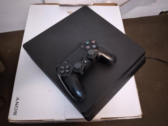 PlayStation 4 slim - 1tera Gb