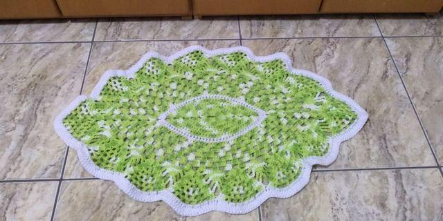 Tapete de crochê oval - 0,77 x 0,50 (ideal para entrada da