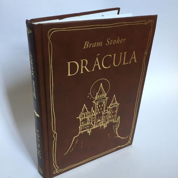Livro 'drácula' de bram stoker