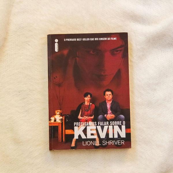 Livro precisamos falar sobre o kevin - escritor lionel