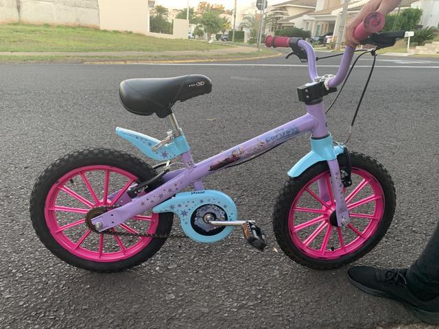 Bicicleta aro 16 - frozen - menina - excelente