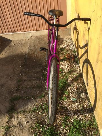 Bicicleta com estado de nova