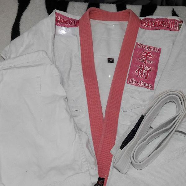 Kimono feminino branco e rosa a1 shiroi