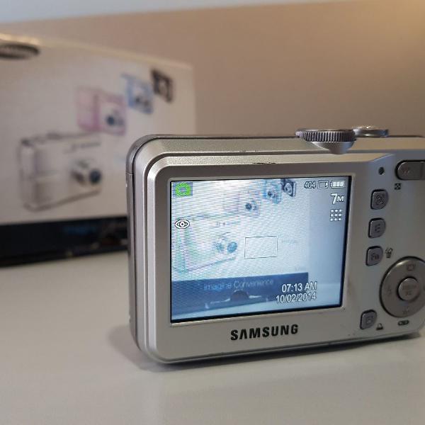 Câmera fotográfica samsung s760 usada, cor prata, com