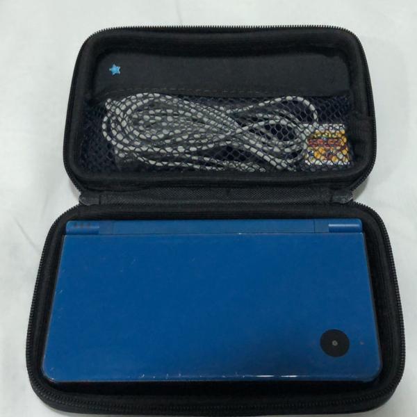 Nintendo ds xl com carregador original, bag e dois sticks de
