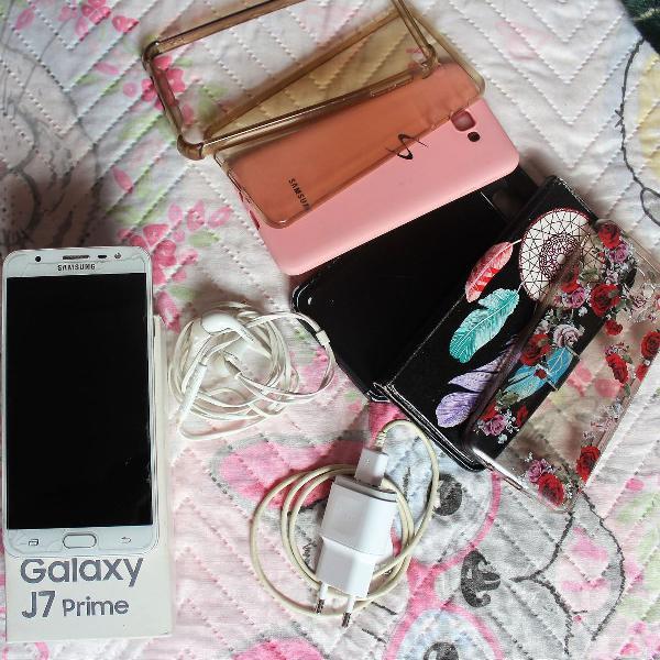 """Smartphone samsung galaxy j7 prime 32gb dourado 4g tela 5.5"""""""