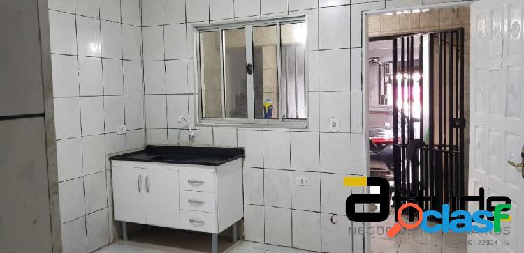Casa locação próx. centro de barueri - 2 dorm. - cozinha banheiro com box