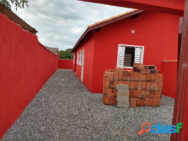 Casa nova 2 dorms - r$ 58 mil entrada + 130 x 1.000 fixas lado praia
