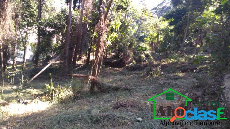 Lote com mais de 3.000m² em boa localização: Tamboré 1 3