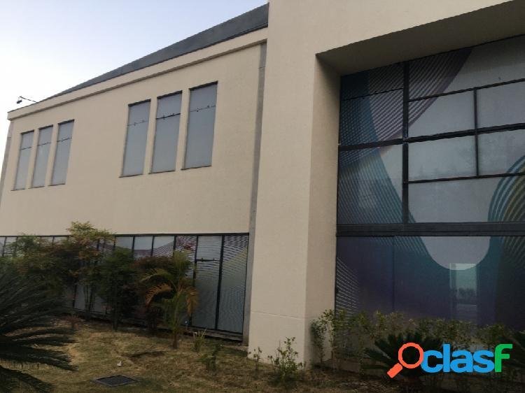 Comercial 1.800 m² para alugar no jardim aquarius em avenida principal
