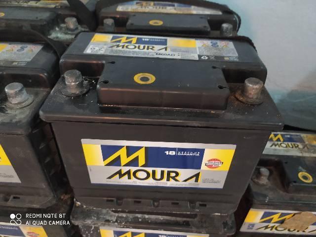 Bateria moura semi nova